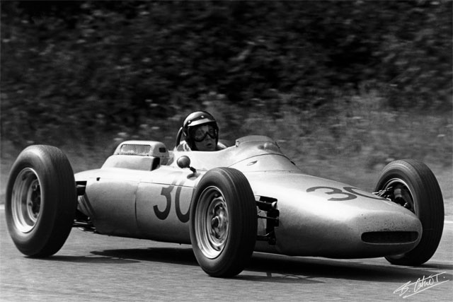 Dan Gurney in the Porsche 804's only Formula 1 win at Rouen